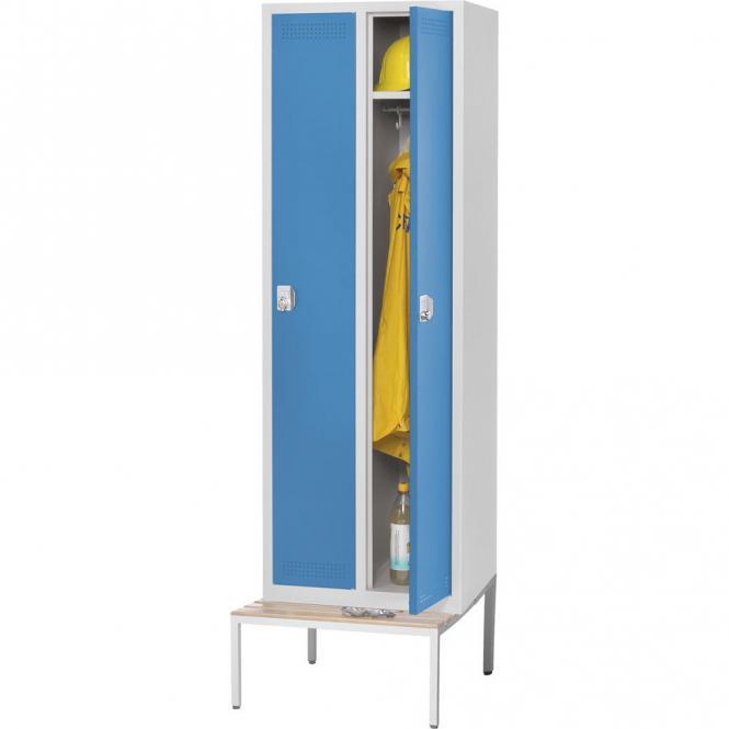 Stalen garderobekast SP PROFI met zitbank lichtblauw RAL 5012 | 300 | 2 | haak- en oogslot | met ondergebouwde Zitbank, houten latten